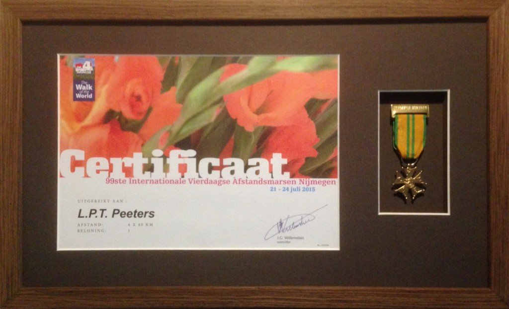 Certificaat en medaille inlijsten